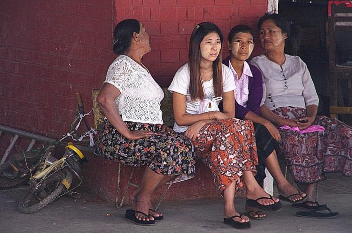 Birma1nie 126x.JPG