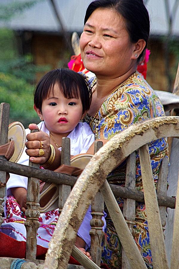 Birma2nie 128x.JPG