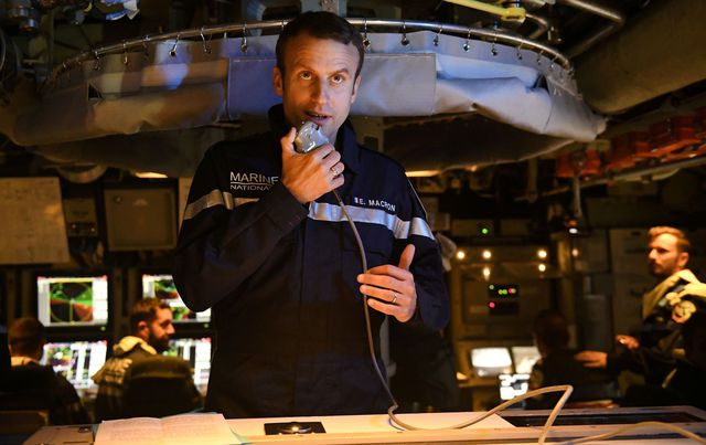 french-president-emmanuel-macron-speaks-to-the-captain-and-crew-of-the-submarine-le-terrible-from-the-operations-centre-of-the-vessel-whilst-at-sea_5910536.jpg