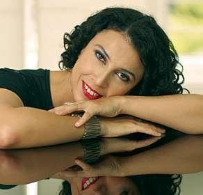 paula morelenbaum, bresil