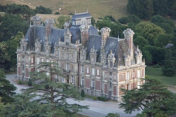 Le Chateau de la Turmeliere la ligue 44 FAL 44-85_L.jpg