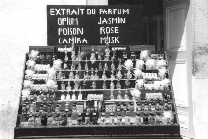 parfums1.jpg