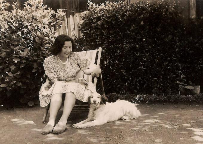 maman1947a.jpg