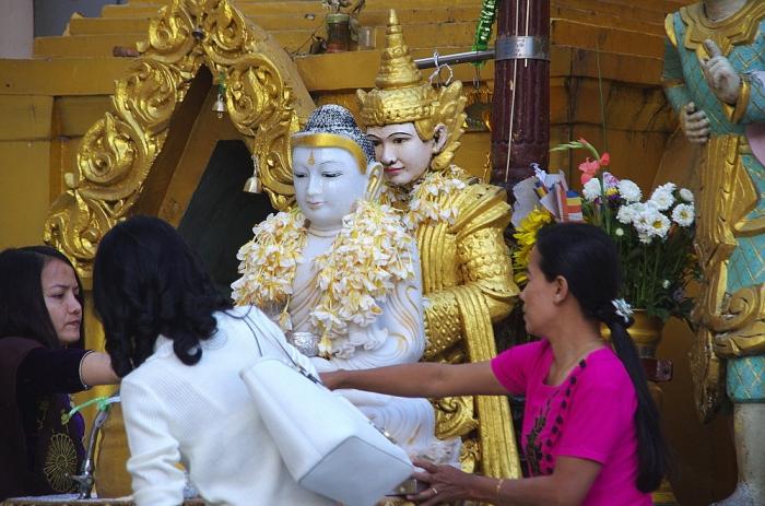 Birma1nie 212x.JPG
